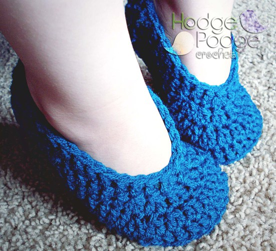 http://hodgepodgecrochet.wordpress.com: Simple Toddler Slippers